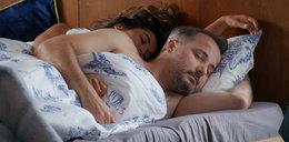 """Seks w """"Pierwszej miłości"""". Bartek prześpi się z żoną zmarłego brata!"""