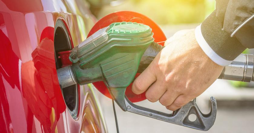 Huragan Harvey wpłynął na podwyżki cen na rynkach hurtowych. Odczuwają je także kierowcy na polskich stacjach paliw