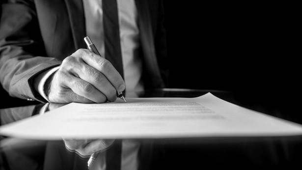 Dalsze prowadzenie spraw byłoby możliwe też dzięki temu, że prokurent mógłby się posługiwać numerami NIP i REGON zmarłego przedsiębiorcy zaopatrzonymi w dodatkowe oznaczenie, np. literę S