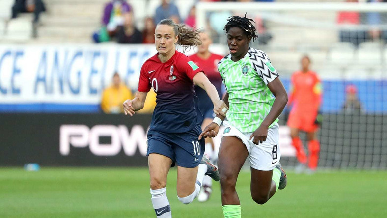 Caroline Graham and Hansen and Asisat Oshoala (Getty Images)