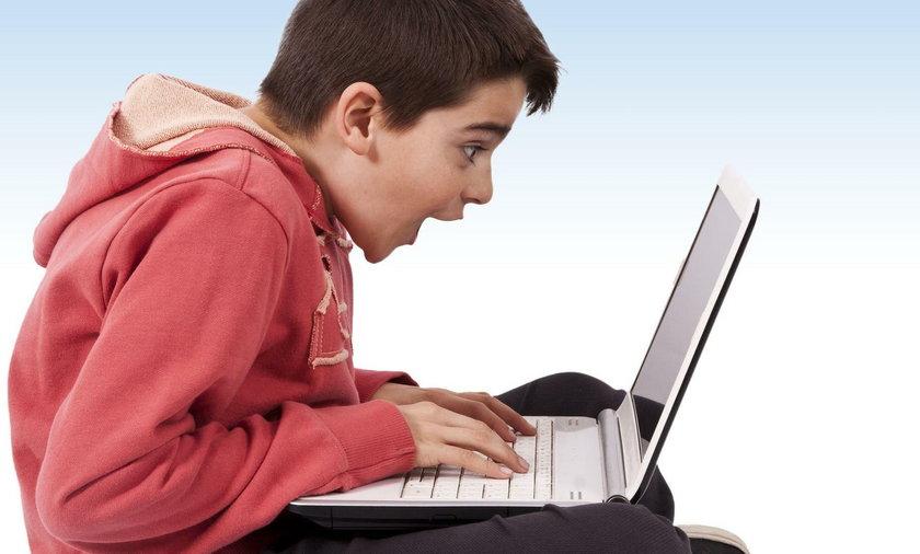 Laptop do gier do 2000 zł. Ranking i kupony rabatowe