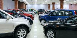 """""""Puls Biznesu"""": Ciężki problem dealerów aut. Będąmusieli sami kupowaćswój towar?"""
