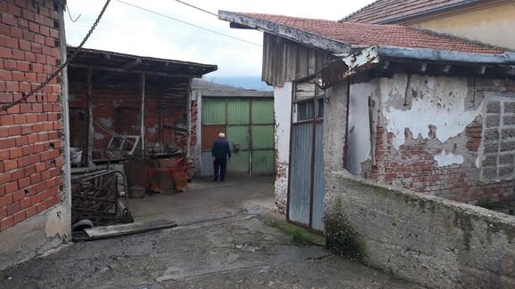 Kapija kroz koju je Ninoslav Jovanović pobegao