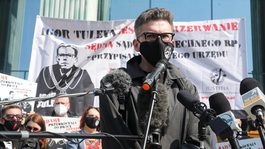 Sędzia Igor Tuleya, protest pod siedzibą Sądu Najwyższego w Warszawie