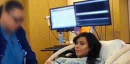 Kardashian oglądała intymne części ciała w lustrze