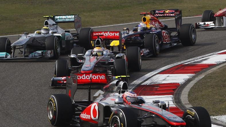 Lewis Hamilton na czele stawki