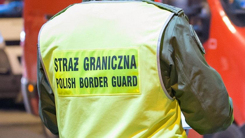"""Straż graniczna wyłapuje wracających do Polski! Szukają nosicieli zarazy. """"55 osób w ciągu trzech dni"""""""