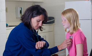 Opieka medyczna wróci do szkół. Prawa pacjentów - uczniów wyzwaniem