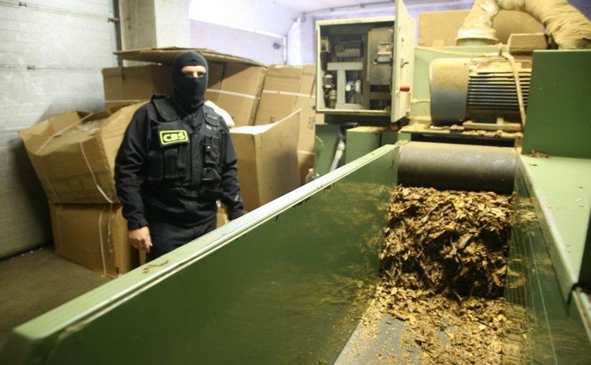 CBŚ zrobiło nalot na nielegalną krajalnię tytoniu!