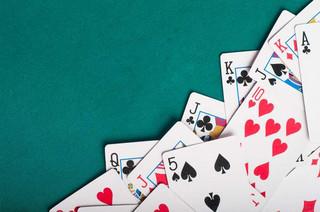 TSUE: Opłaty za turnieje brydżowe wolne od VAT