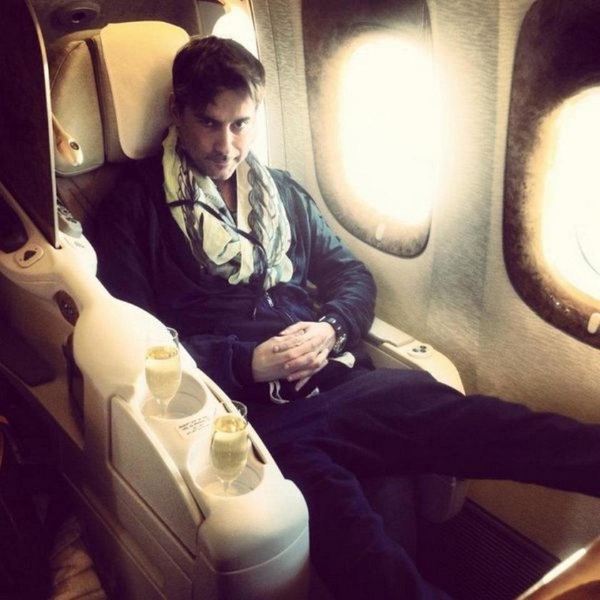 Marcin Tyszka w samolocie