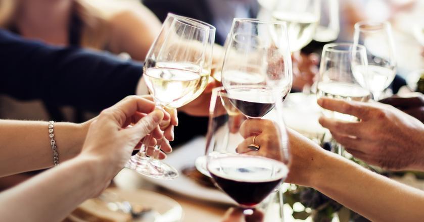 Jak długo można przechowywać wino po otwarciu butelki