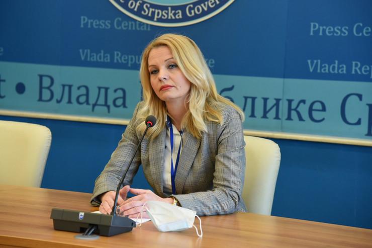 Natalija-Trivic-ministar-prosvete-i-kulturejpg01
