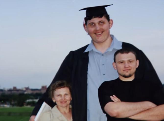 Igor sa porodicom