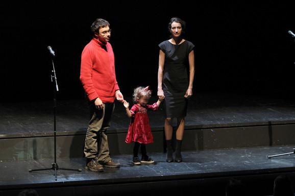 Ćerka, sin i supruga Nebojše Glogovca