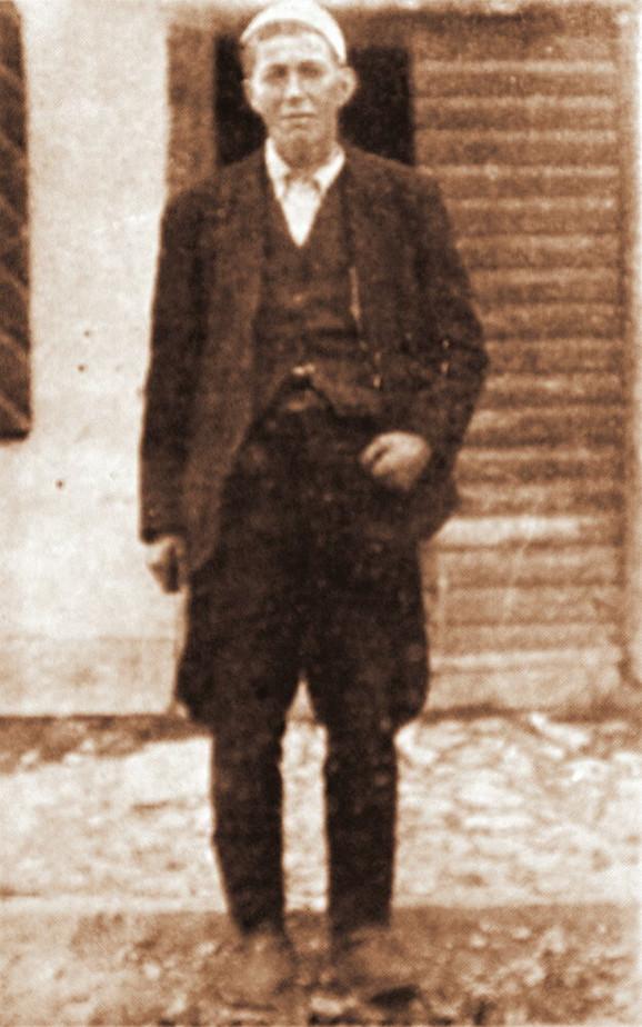 Drko Memić. Gusinje, 1910–1956. Ova virdžina je odmah po rođenju proglašena za sina