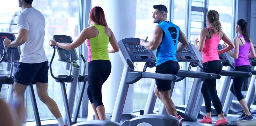 W siłowniach łatwiej się zarazić koronawirusem? Nowe ustalenia naukowców nie pozostawiają wątpliwości