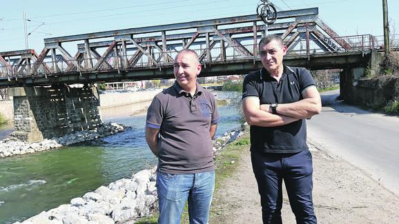 Boban Kostić i Goran Mikić i danas rade na železnici, ali više nisu mašinovođe