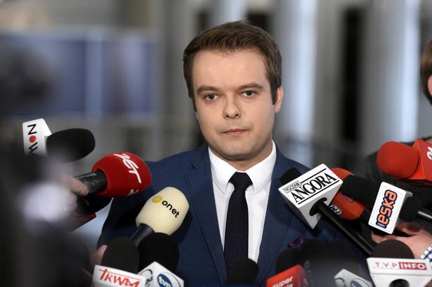 Bochenek: Rząd analizuje sytuacje wokół Kataru