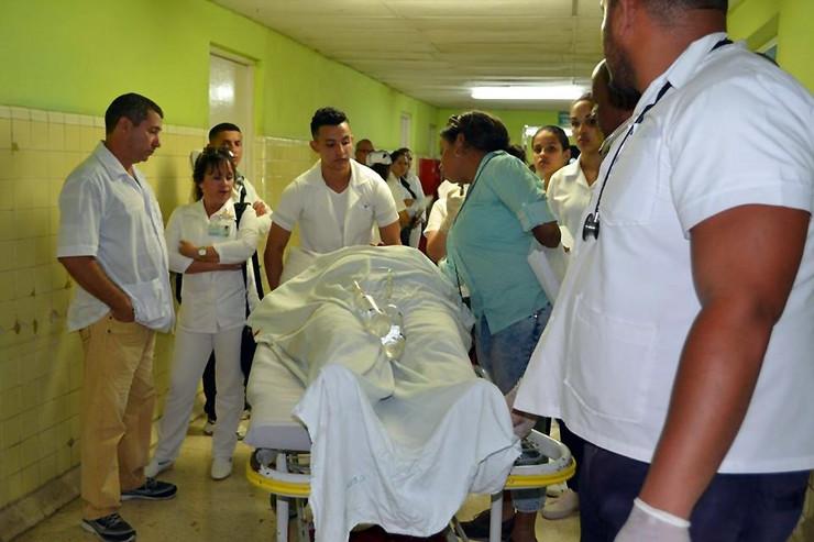 Kuba, autobus, EPA -Lilibeth Alfonso