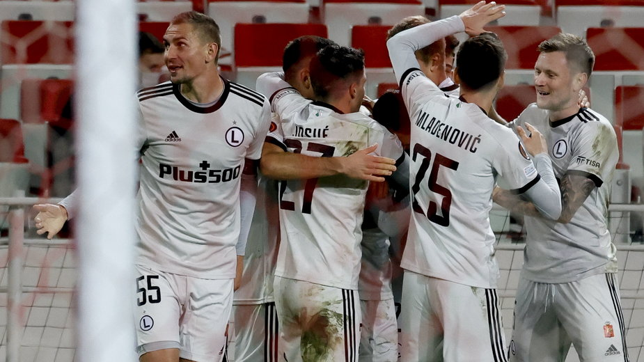 Legia Warszawa liderem grupy C