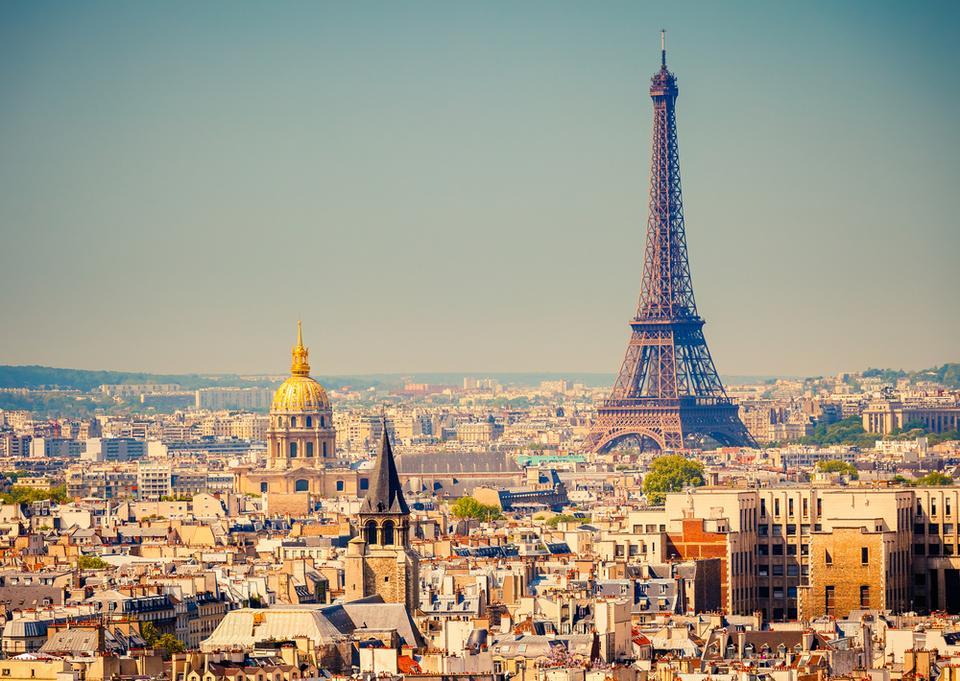 16. Paryż