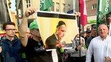Skandal! Nacjonaliści spalili podobiznę prezydenta