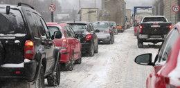 Zima w Łodzi. Utrudnienia, korki, nerwy