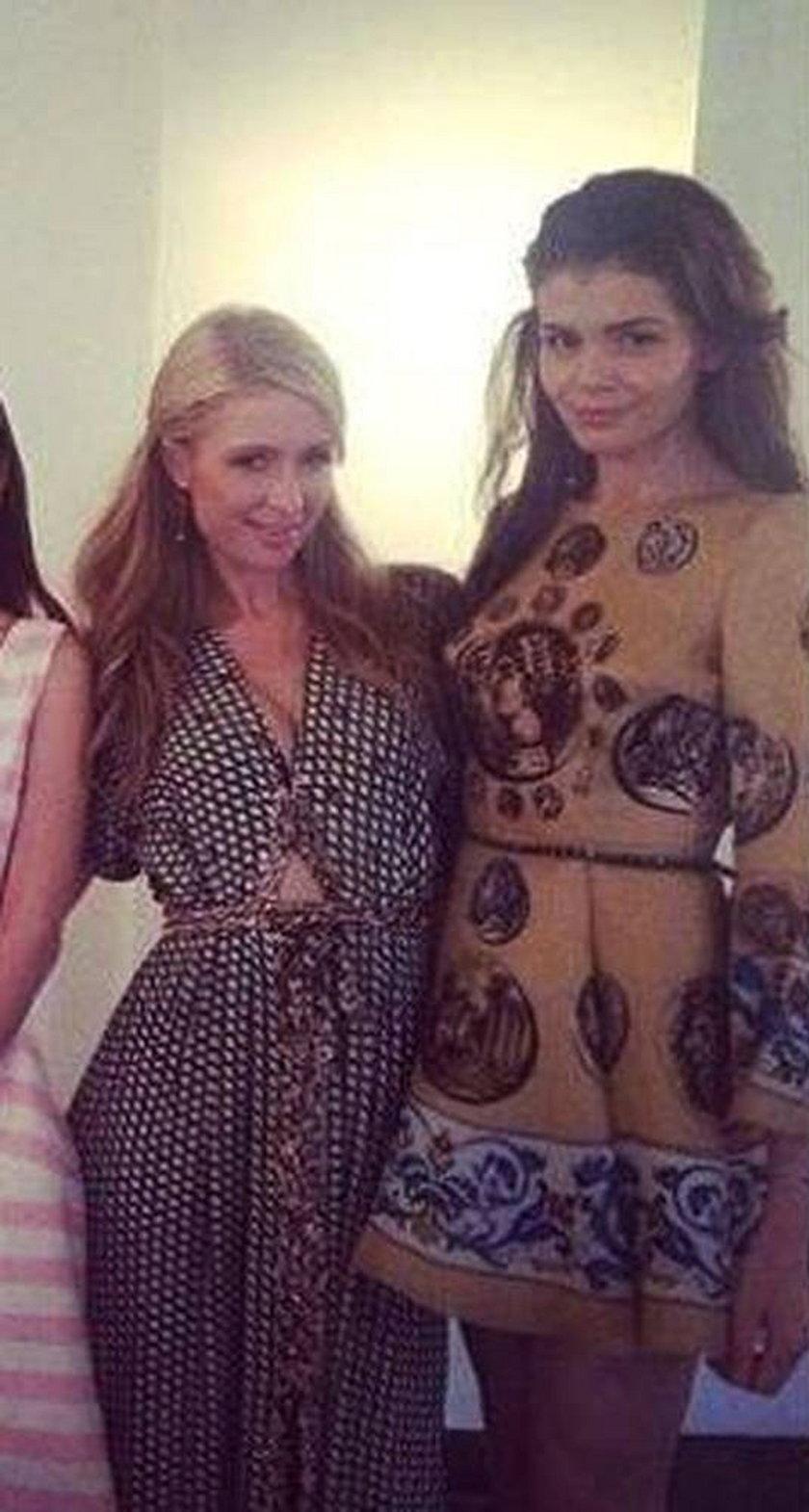 Rumuńska celebrytka Monica Columeanu i jej przyjaciółka Paris Hilton