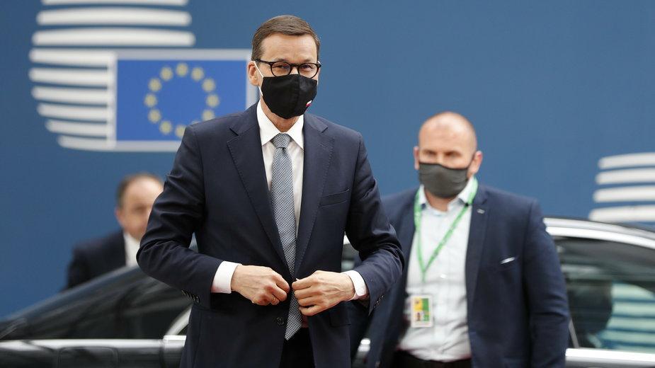 Mateusz Morawiecki w czasie szczytu w Brukseli