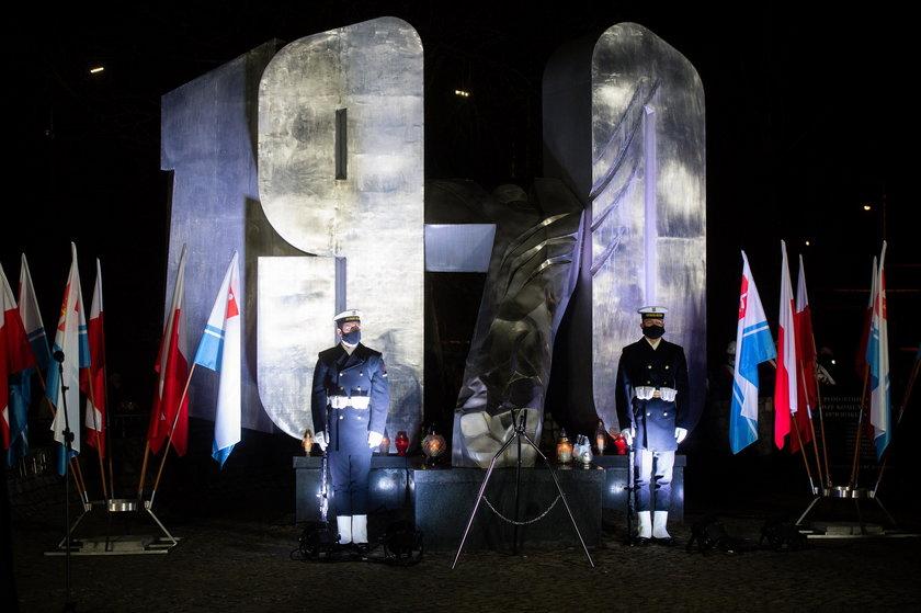 Uroczystości przy Pomniku Ofiar Grudnia 1970 roku.
