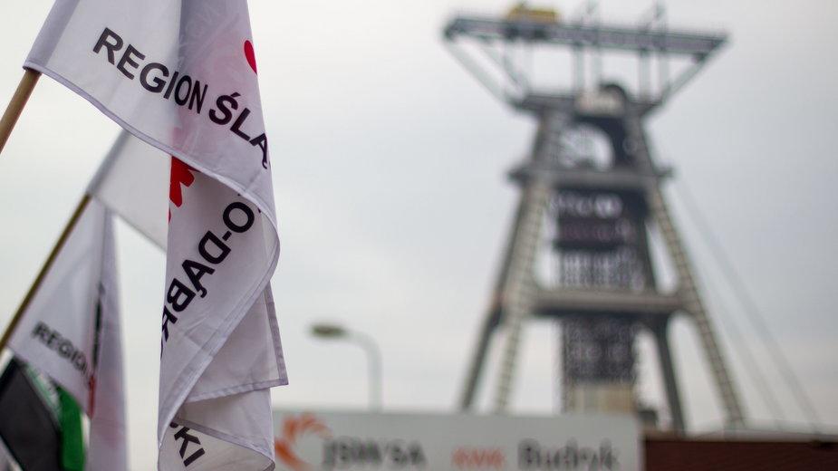 Jastrzębie-Zdrój: Obniżka świadczeń w kopalni na Śląsku. Związkowcy tłumaczą