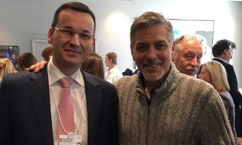 Minister PiS pochwalił się zdjęciem z Clooneyem. Zaliczył wpadkę?