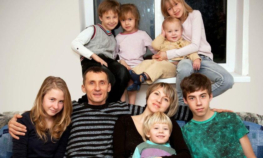 Zasiłki rodzinne w górę