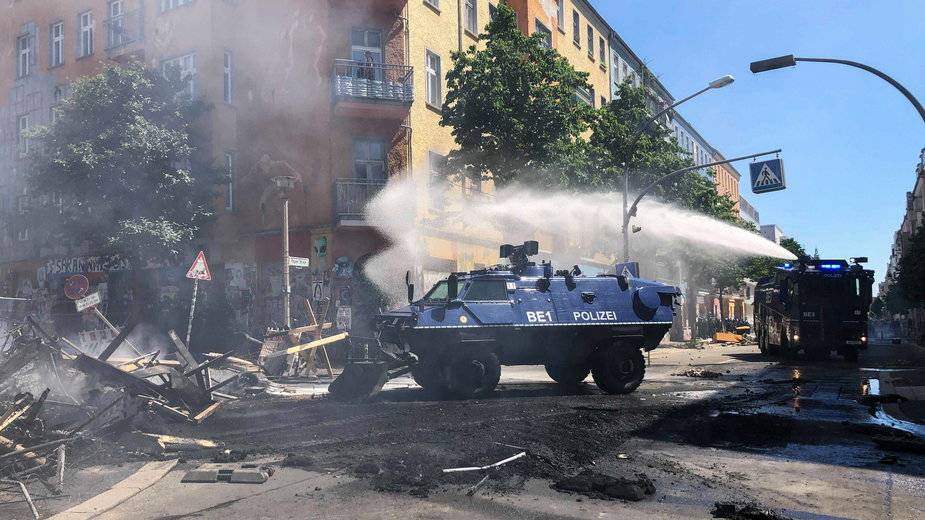Policja na Rigaer Strasse