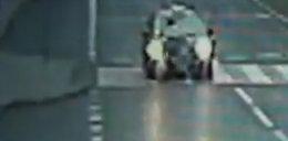 Taksówkarz potrącił  matkę z dzieckiem!