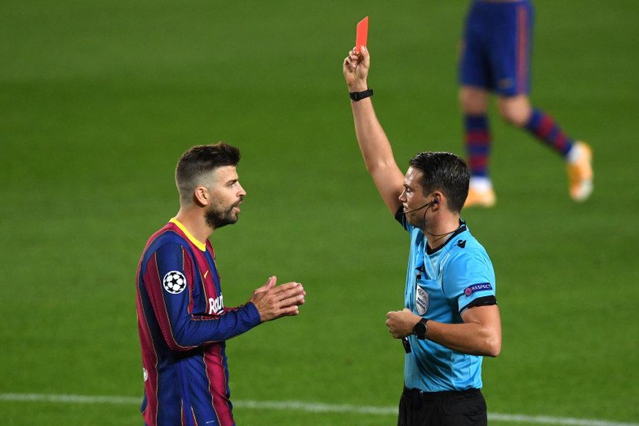Dlaczego Piqué dostał czerwoną kartkę?