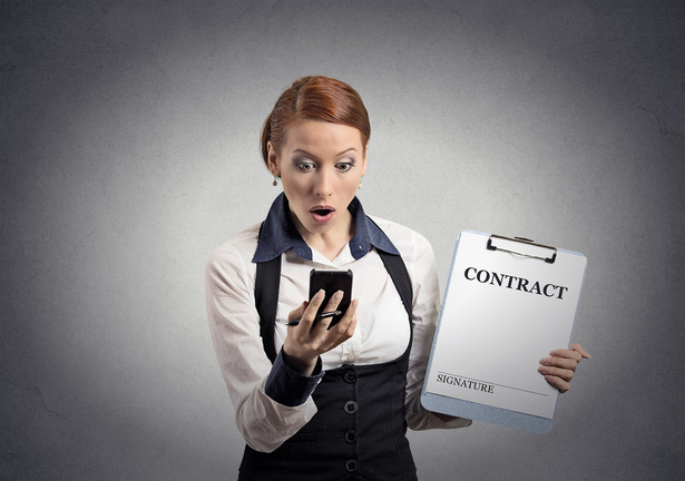 W przypadku klientów instytucjonalnych koszty korzystania z telefonii komórkowej wahały się w zależności od liczby zatrudnianych pracowników między 86 zł (jednoosobowe firmy) a 1370 zł (co najmniej 50 pracowników), stacjonarnej - od 68 do 964 zł, internetu mobilnego - od 44 do 1734 zł.