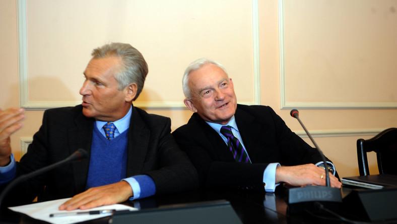 Kwaśniewskiego i Millera pogrążają tajne notatki o więzieniach w Polsce