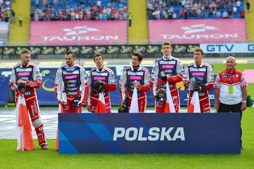 Podczas zakończonego niedawno obozu kadry narodowej w Szklarskiej Porębie 70-latek błyszczał formą fizyczną bez problemu dotrzymując kroku swym zawodnikom.