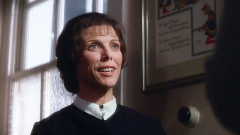 "Billie Whitelaw w filmie ""Omen"""