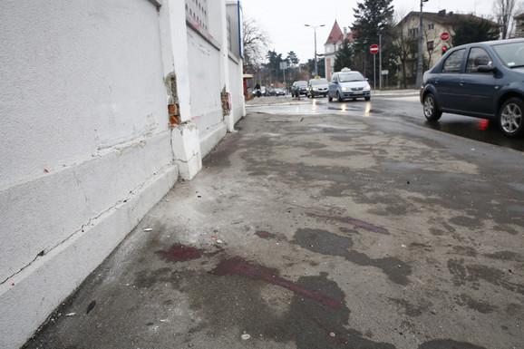 Krv na licu mest otkriva užas koji je voditeljka preživela