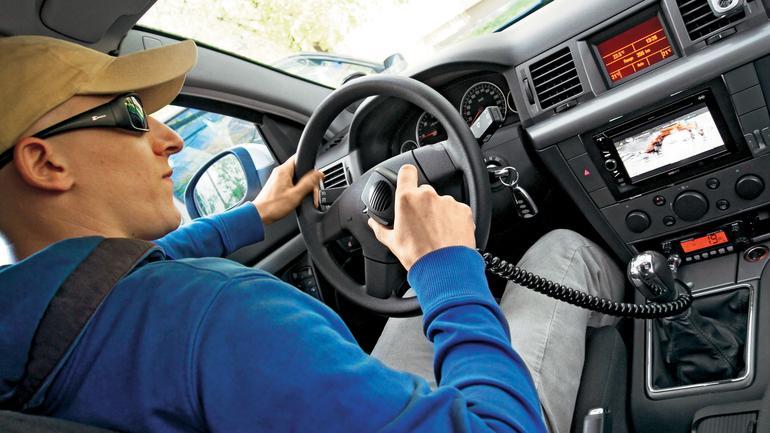 Radio CB – praktyczny dodatek do samochodu