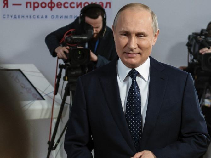 Ovo su žene sa kojima su SPAJALI Putina: O bivšoj supruzi se malo zna, a sve veze KRIJE od javnosti