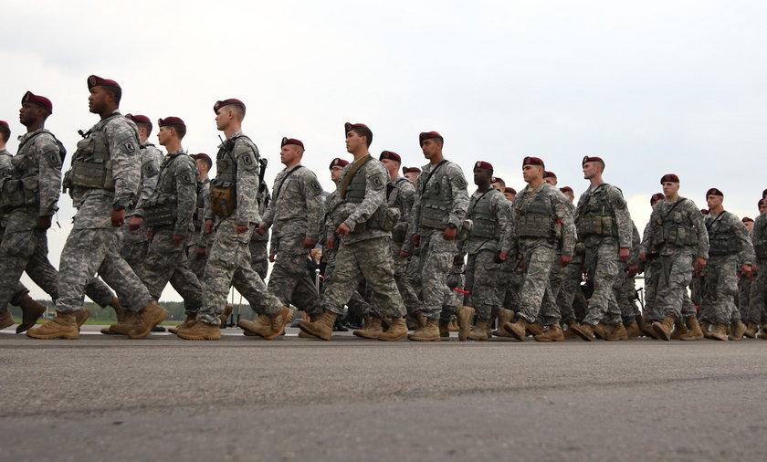 """Merkel """"zdradziła"""". Amerykańskie wojska trafią do Polski?"""