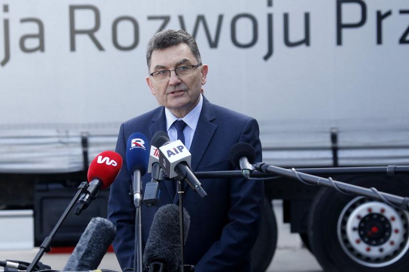 258 mln zmarnowano na maseczki w ramach projektu polskie szwalnie?