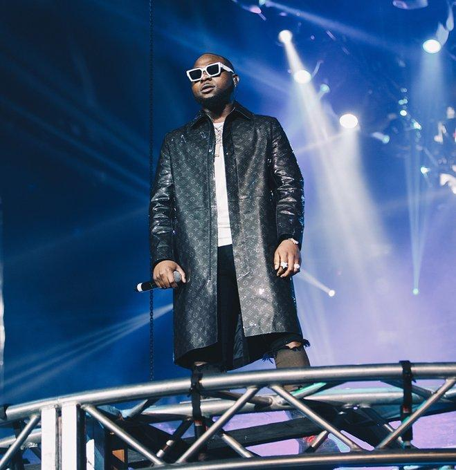 Davido raises alarm of plans by the government to arrest youths before the election