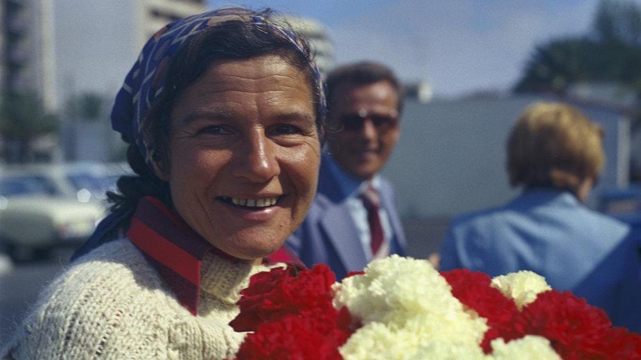 Krystyna Chojnowska-Liskiewicz. Powitanie w porcie na Wyspach Kanaryjskich, 24.04.1978 r.