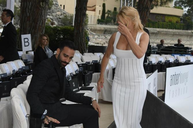 Možda Pamela Anderson (52) nije prebolela mlađanog bivšeg dečka Adila Ramija (34)