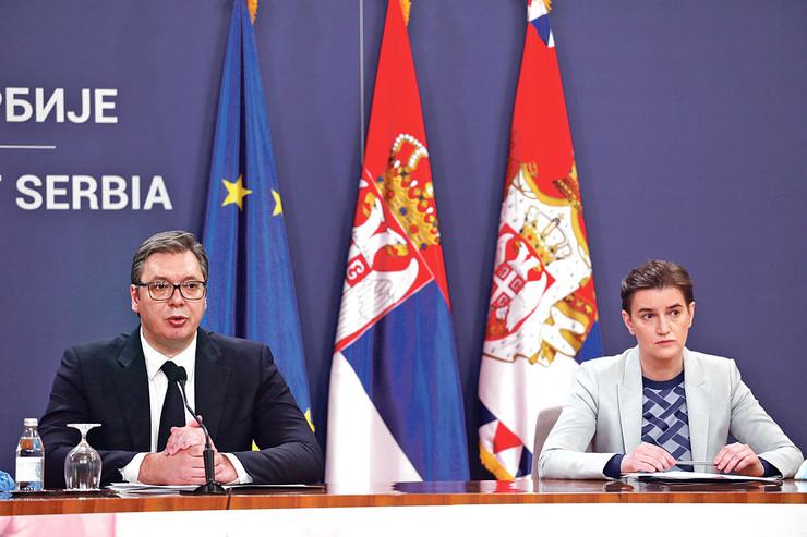 Vučić kaže da je zadovoljan radom Ane Brnabić